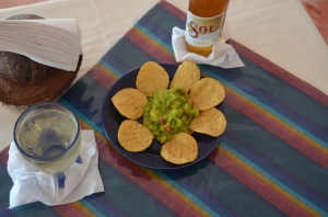 Botanas Fresh Guacamole and Chips